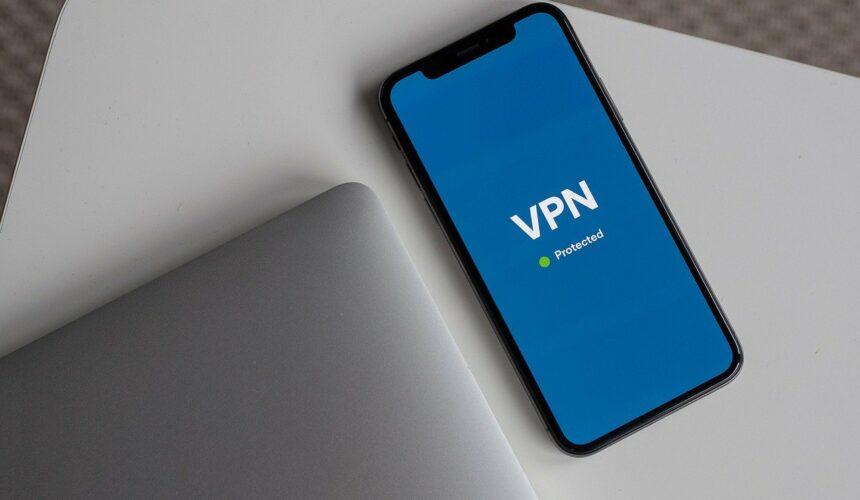HIT! Oszczędzaj na rezerwacjach oraz zakupach internetowych dzięki sieciom VPN!